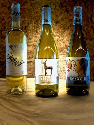 Deluxe White Tasting Collection